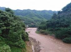 雨后高县宋江河