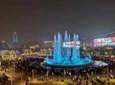 泉城广场喷泉
