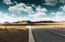 火山喷发的公路
