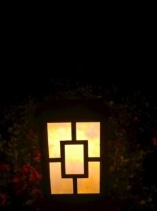 夜晚的小路灯