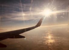 飞翔在空中