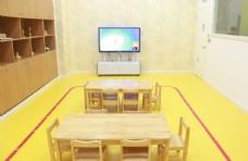 教室  桌椅