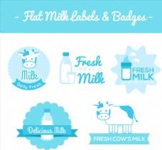 蓝色牛奶标签和徽章