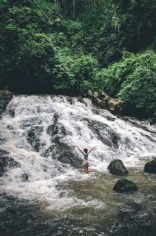 大山里瀑布