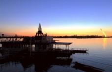 哈尔滨松花江畔夜景