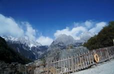 云南丽江玉龙雪山的景色