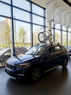 BMW汽车