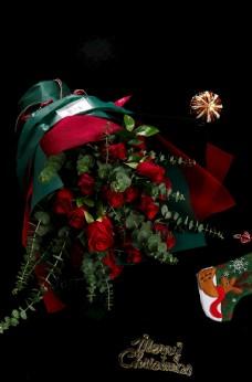 情人节红色玫瑰花花束黑底高清图