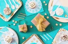 蝴蝶结生日礼物蛋糕