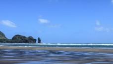 新西兰皮哈海滨风景