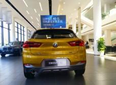 展厅里的BMW汽车