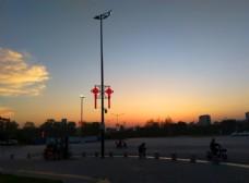 日暮下的城市美景