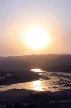 碛口古镇黄河湫河交汇