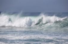 汹涌的海浪壮丽唯美风光