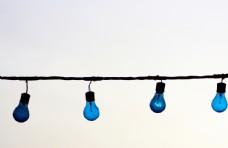 相似的灯泡