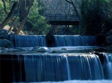 森林小溪高山流水