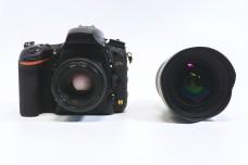 全画幅单反相机与广角镜头正面照