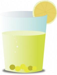 凉爽的夏日柠檬茶
